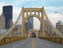 Recorriendo la ciudad de Pittsburgh, en Pensilvania