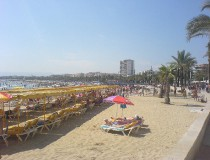 A disfrutar de la playa en Salou