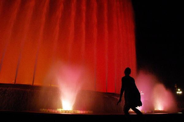 Espectácula de luz, agua y música