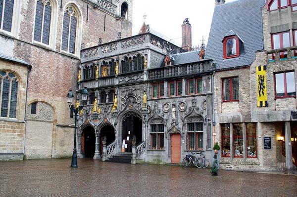 Basílica de la Santa Sangre en Brujas, Bélgica