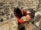 Un balcón de cristal en el cielo de Chicago