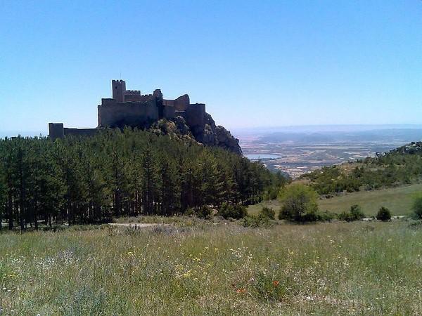 Castillo de Loarre, el vigilante de las llanuras de la Hoya de Huesca
