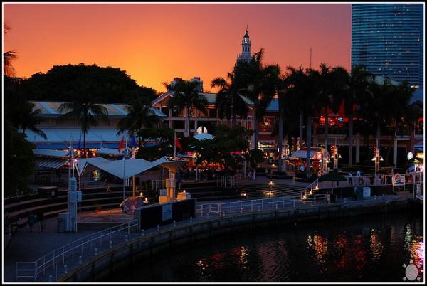 Bayside Marketplace, descubre el centro de ocio más famoso de Miami