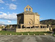 Santa María de Eunate, enigmática iglesia octagonal