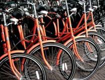 Alquilar una bicicleta y moverse por Amsterdam