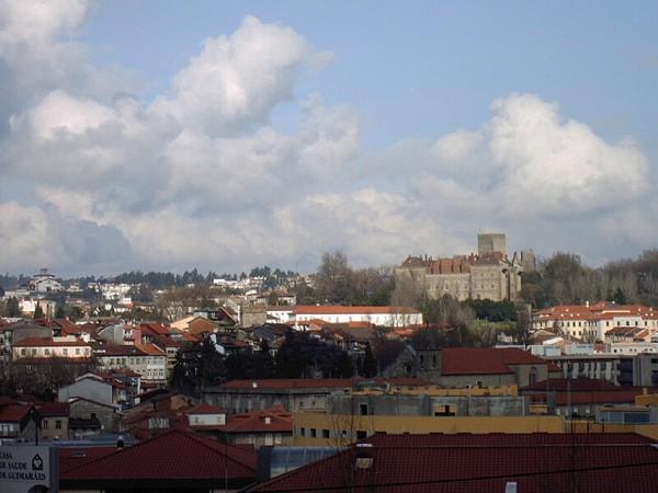 Vistas de Guimaraes, la ciudad donde nació Portugal