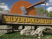 Disfruta del parque temático de Silver Dollar City, en Missouri
