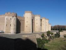 Palacio de la Aljafería, residencia de musulmanes, cristianos y católicos