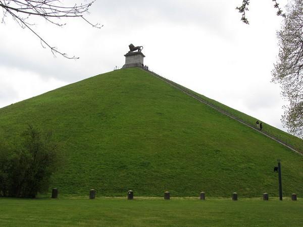La Colina del León, el monumento que conmemora la Batalla de Waterloo