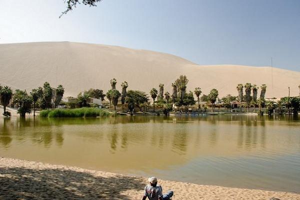 Huacachina, un oasis natural entre dunas