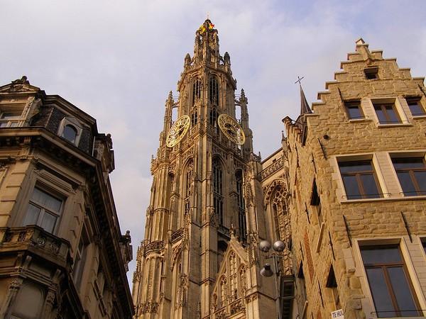 La Torre de la Catedral de Amberes, Patrimonio de la Humanidad