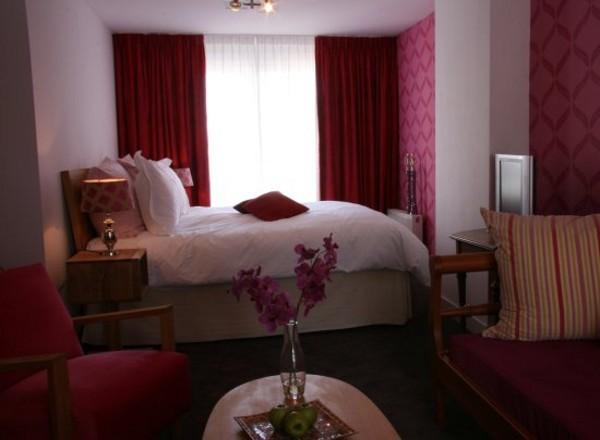 De Filosoof es un hotel temático de Amsterdam dedicado a la filosofía