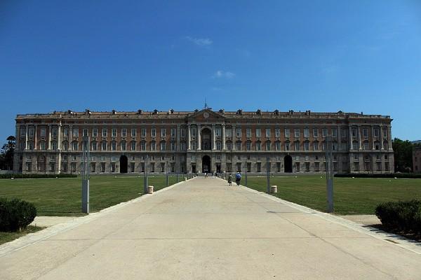 El sueño de Carlos VII para los soberanos de las dos Sicilias