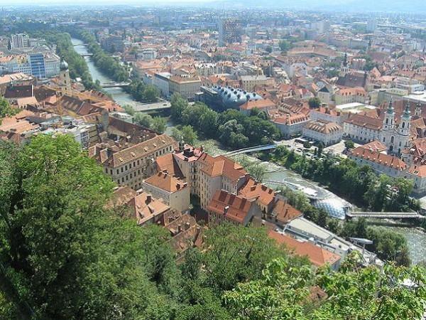 Graz, monumental ciudad universitaria