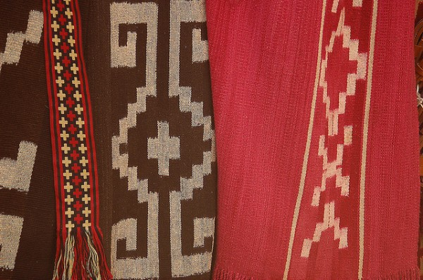 Ponchos indigenas