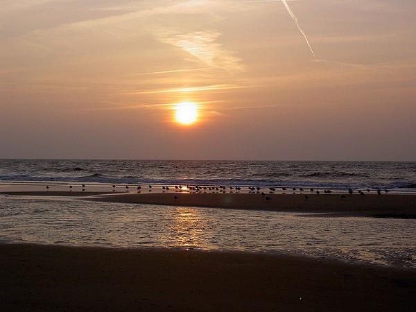 Atardecer en una playa de la isla de Texel
