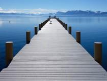 Lago Tahoe, una popular atracción turística entre California y Nevada