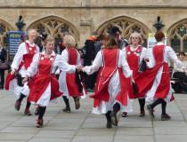 Bailes típicos en Inglaterra