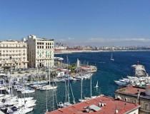 El Excelsior, el hotel con las vistas más famosas de Nápoles