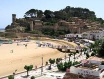 Tossa del Mar, un castillo junto al Mediterráneo