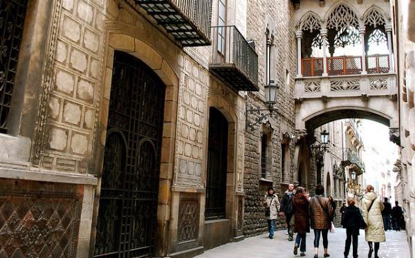El Barri Gòtic de Barcelona, una vista a la Barcino romana y medieval