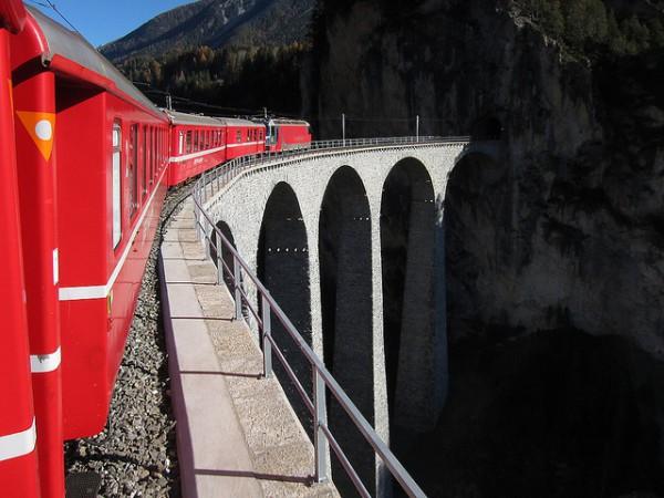 El viaducto de Landwasser, una descomunal obra para amantes de los ferrocarriles