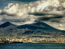 El Vesubio, uno de los volcanes más famosos en el mundo
