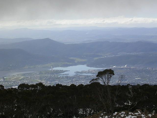 Vistas de una región de la isla de Tasmania