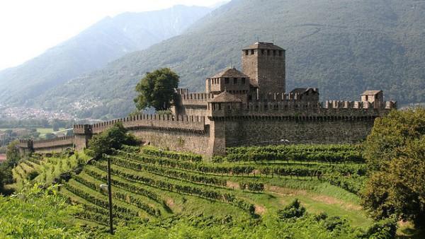 Bellinzona, la ciudad de los tres castillos