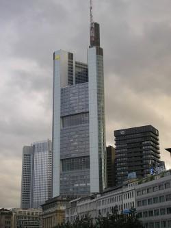 La Torre Commerzbank es el edificio más alto de Alemania