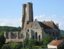 Iglesia de Saint-Mathurin de Larchant en Francia