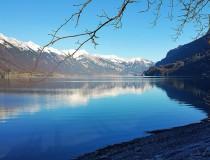 El lago de Brienz, las aguas más azules del cantón de Berna