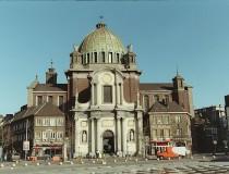 Iglesia de San Cristóbal en Charleroi