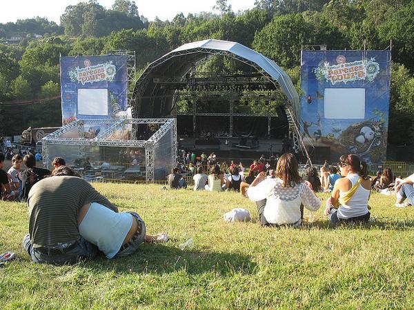El festival Paredes de Coura se celebra en el mes de agosto en Portugal