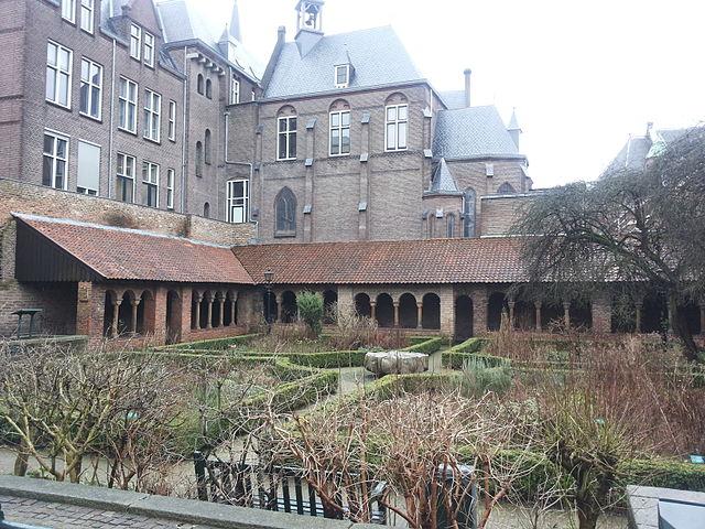 Claustro de la iglesia de Santa María de Utrecht