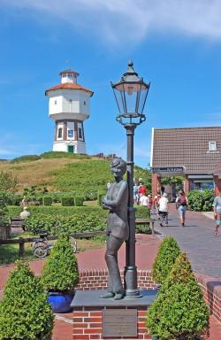 Monumento a Lili Marleen, la canción más famosa de Alemania