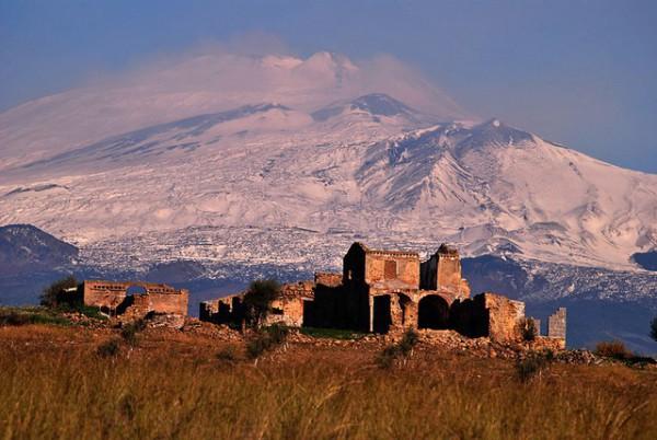 El Etna es uno de los volcanes más activos del mundo
