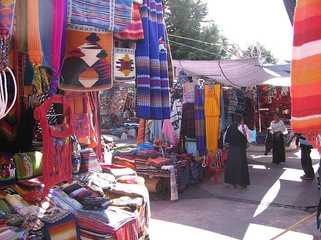 Mercado de Otavalo en Ecuador