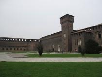 El Castillo Sforzesco, el palacio de los museos en Milán