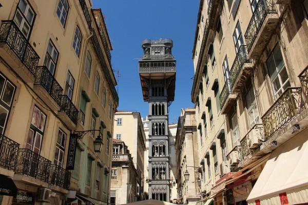 El Elevador de Santa Justa es una atracción turística de Lisboa