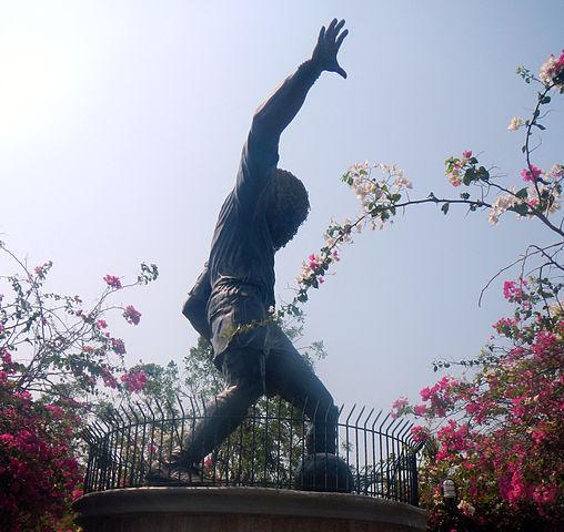 Monumento de El Pibe Valderrama de Santa Marta