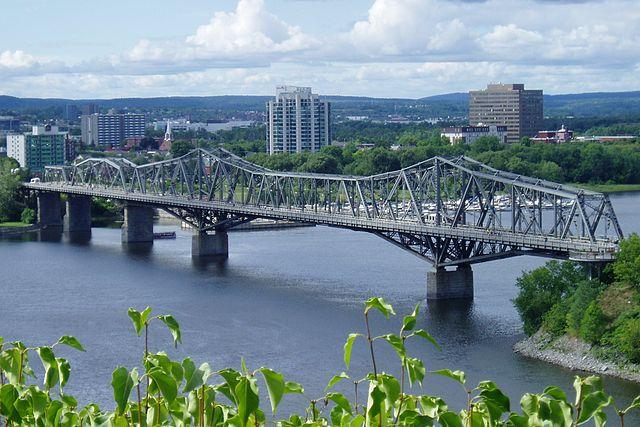 Puente de Alexandra en Ottawa