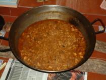 El gazpacho manchego, un contundente plato de la Mancha que debes conocer