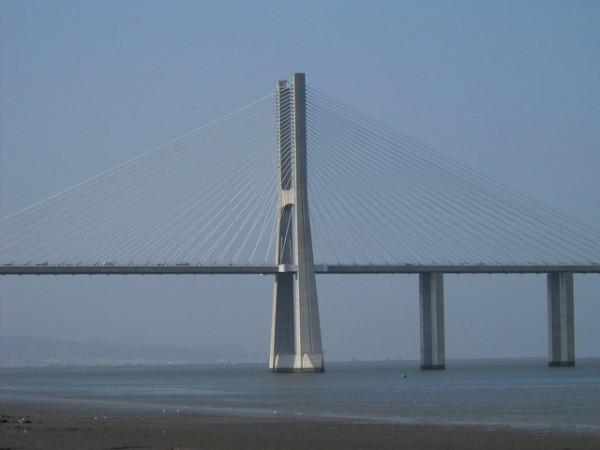 El Puente Vasco da Gama es el más largo de Europa