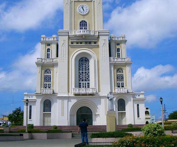 Iglesia Sagrado Corazón de Moca