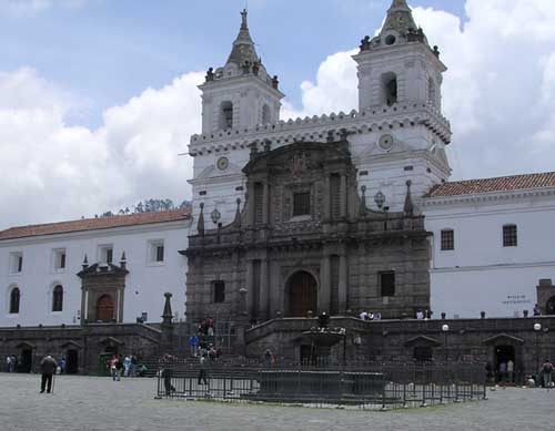 Plaza de San Francisco en Quito