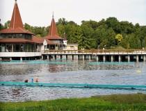 Lago Héviz de Hungría