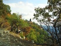 Monumento Turul de Tatabánya en Hungría