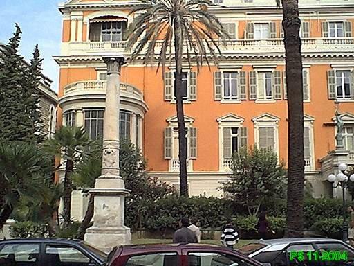 Columna del Papa de Niza