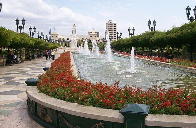 Plaza y Monumento a la Chinita